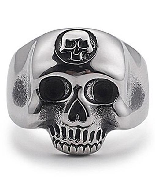 Dark Skull Ring