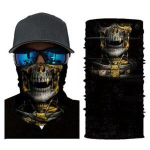 Skull neck warmer.