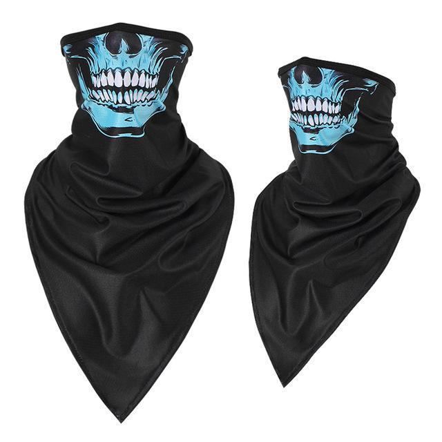 Black and blue skull bandana.